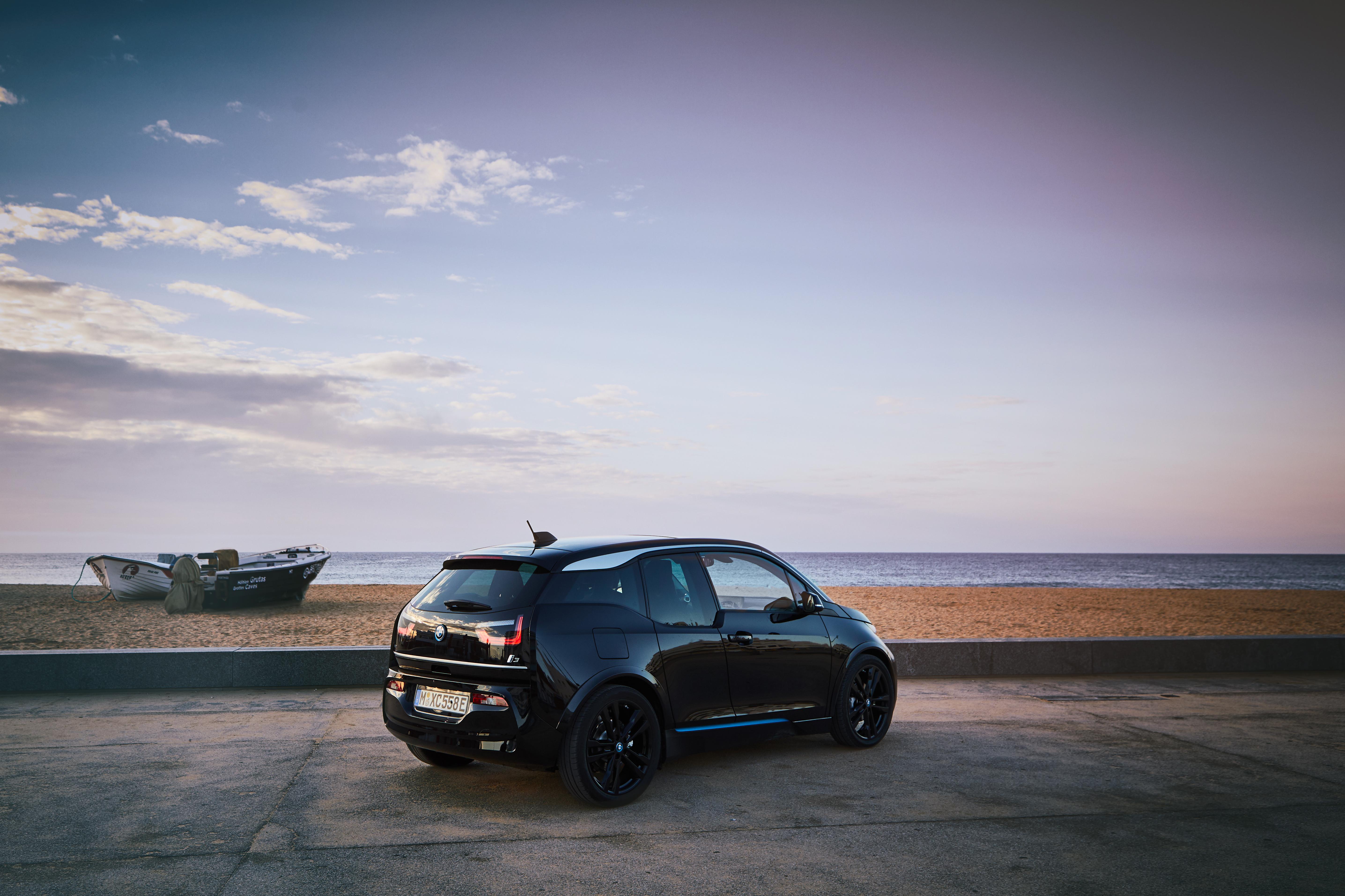 Vanzarile si cota de piata ale BMW Group au continuat sa creasca in mai