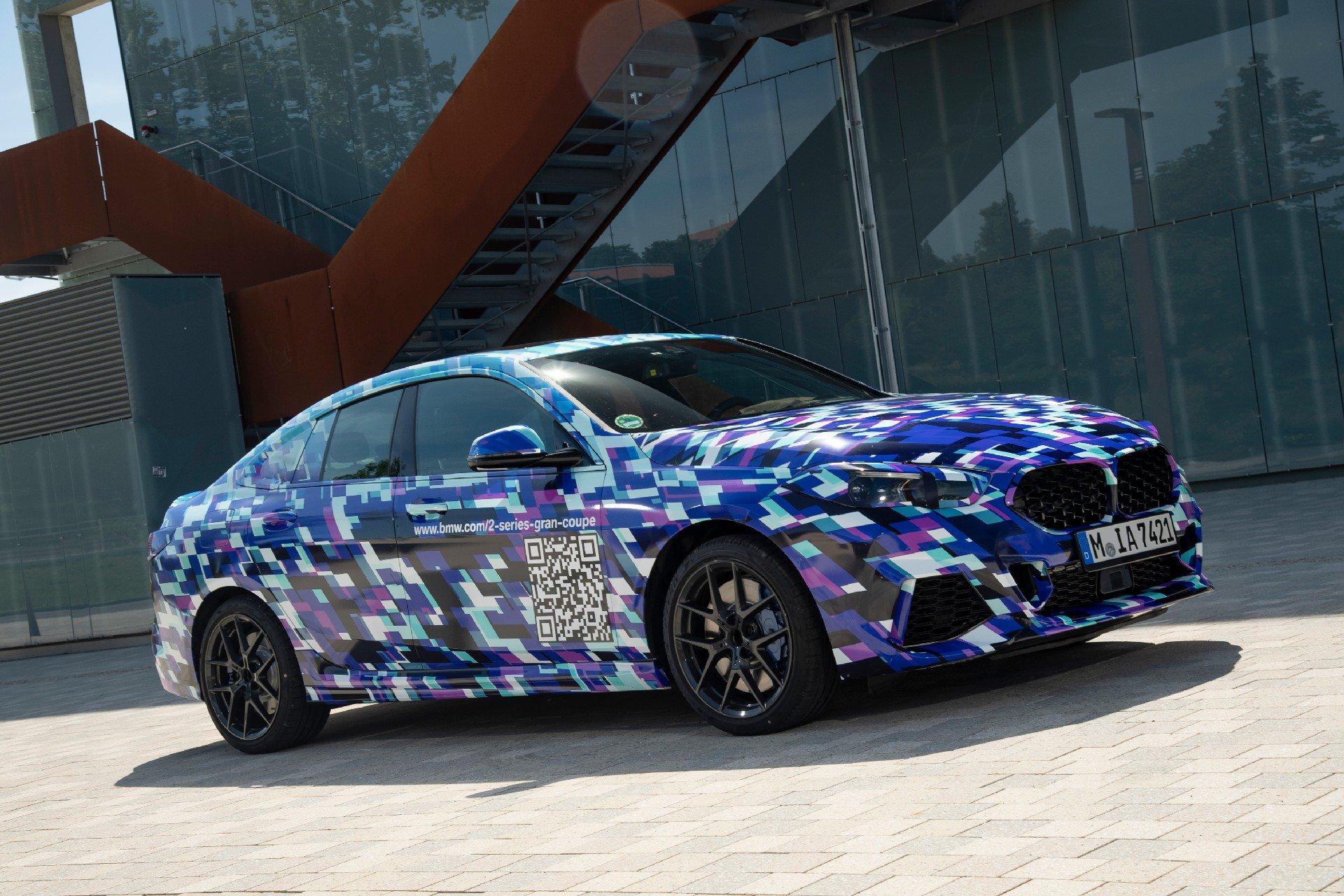 Primul BMW Seria 2 Gran Coupe alege o costumatie neobisnuita pentru faza finala de teste