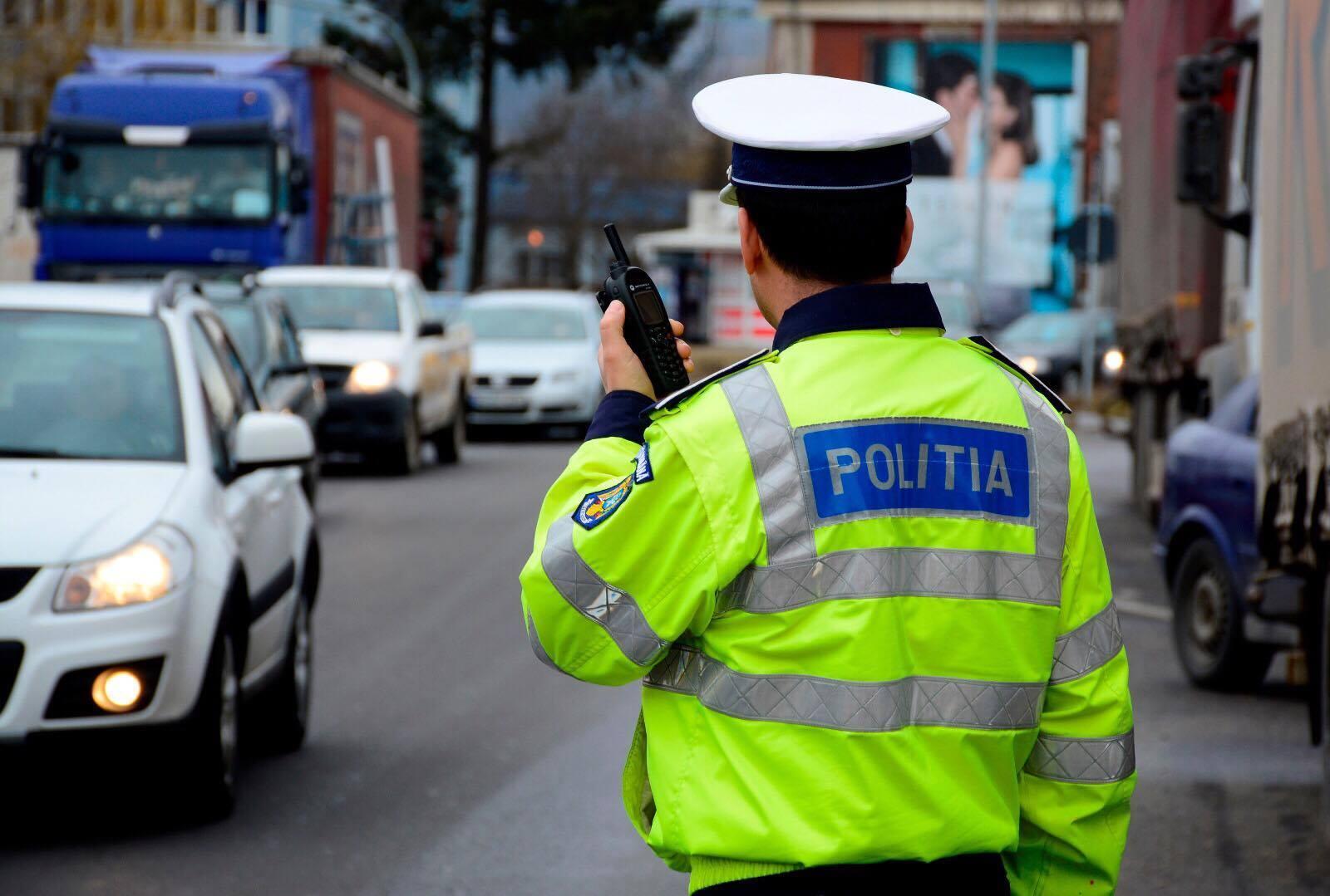 Tinerea in mana si folosirea telefonului la volan interzise. Proiectul de lege ar putea fi adoptat azi