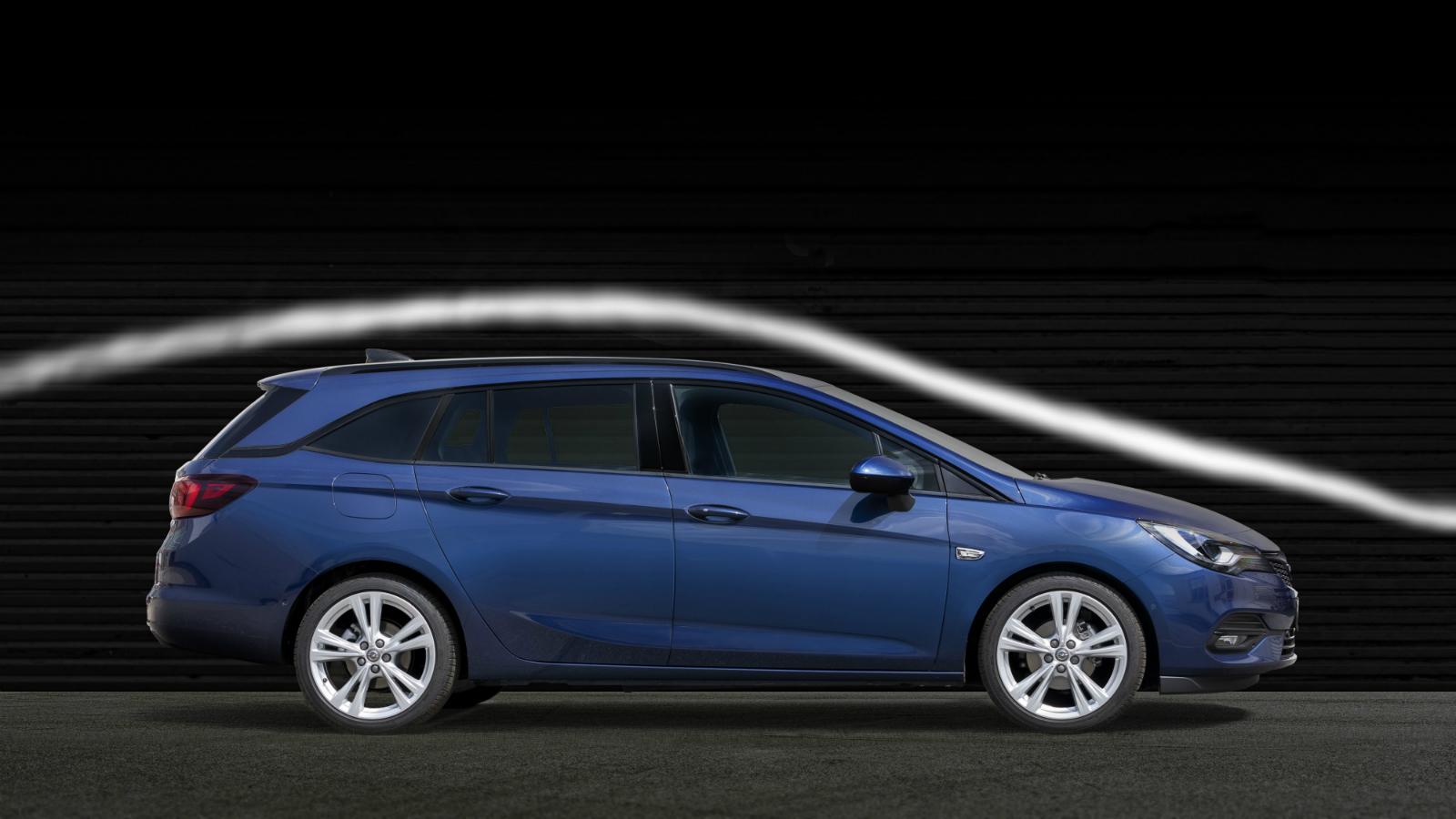 Regii aerodinamicii: noul Opel Astra imparte coroana cu modelul Calibra