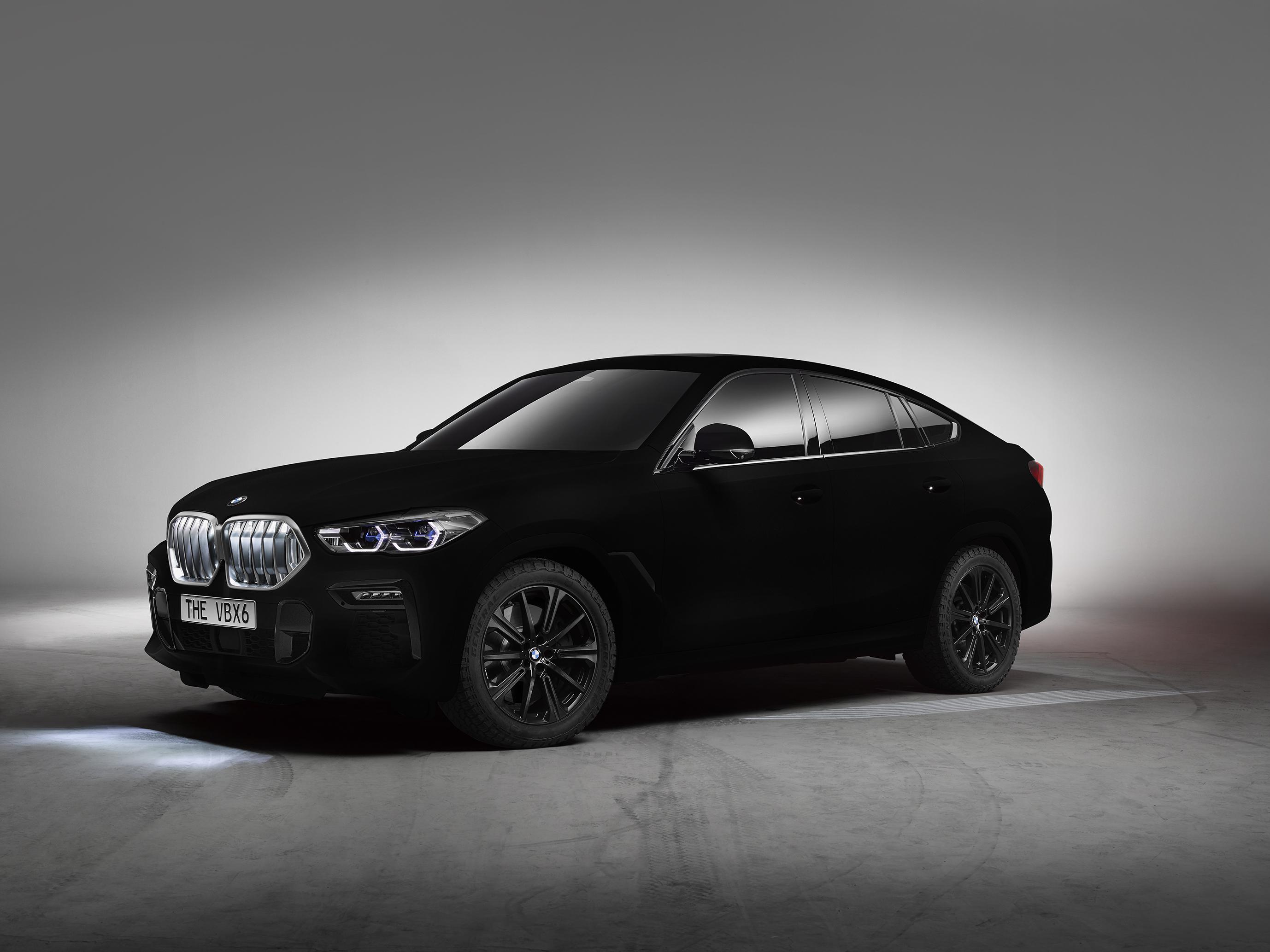 Noul BMW X6 in rol de show car spectaculos: primul automobil in Vantablack din lume